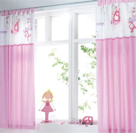 girl room curtains