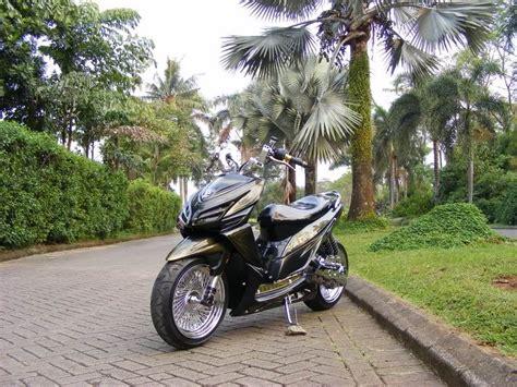 Modifikasi Motor Matic Lowrider by Modifikasi Motor Matic Vario Low Rider Custom