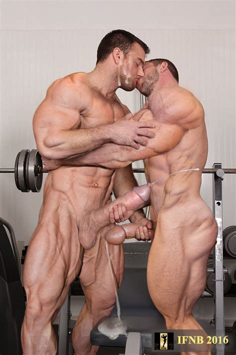 The Ifnb Report Massive Muscle And Cock Blog Juillet 2016