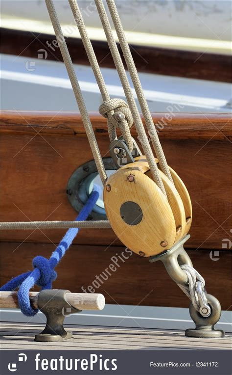 watercraft sailing pulley stock picture   featurepics