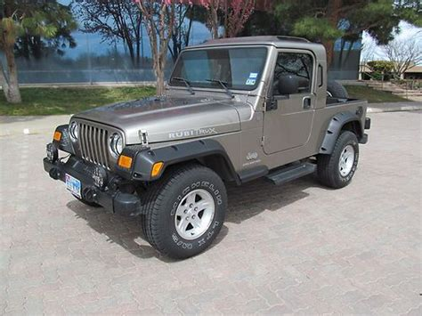 tan jeep wrangler 2 door buy used 2004 jeep wrangler sahara sport utility 2 door 4