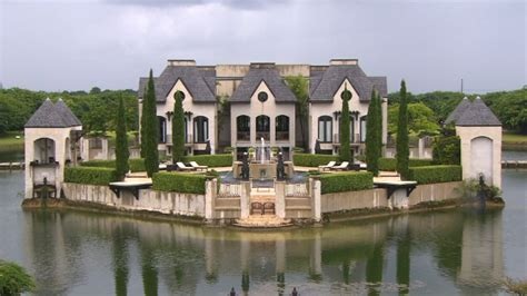 house with a moat jake herman s blog rich people houses wordless blog