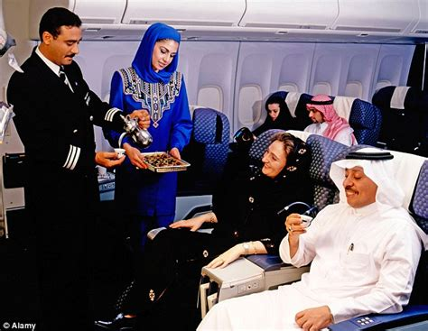 Saudi Airlines Cabin Crew by Saudi Arabia S Suadia Airline Denies Plans To Separate