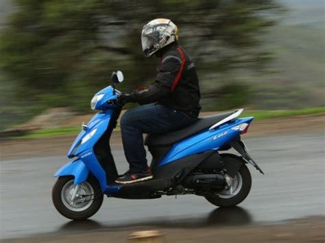 Suzuki Wego Suzuki Let S Vs Tvs Wego Vs Yamaha Scooter Comparison