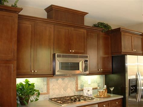 maple shaker kitchen cupboards honey maple shaker kitchen cabinets search