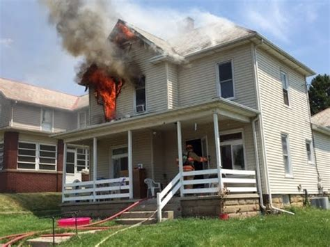 house fire newark ohio fire department 252 woods ave working house fire incident command with