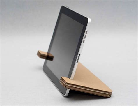 How To Make Gadgets Out Of Paper - weltunit cardboard gadget stand just don t get it