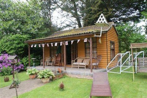 themes for summer house green summer house design ideas photos inspiration