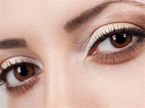 Welche Farbe Passt Zu Braunen Augen by Braune Augen Schminken So Strahlen Sie Erst Recht