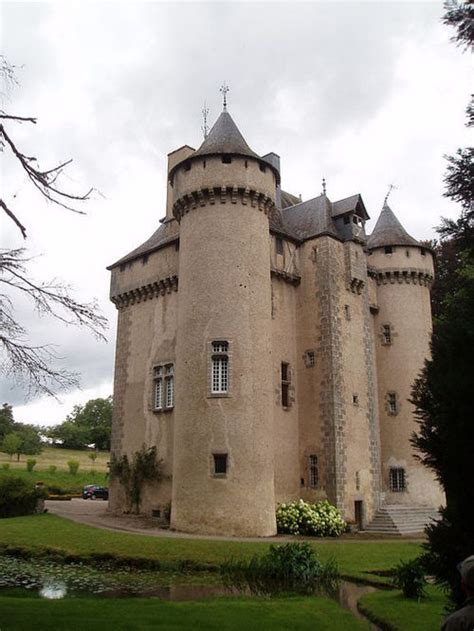 castle for sale buy a castle castles and chateaux for sale
