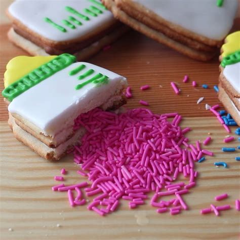 Baby Shower Gender Reveal Ideas by Best 25 Baby Shower Cookies Ideas On