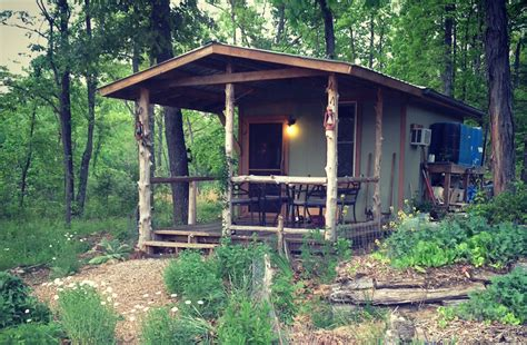Tiny Cabin by Diy Tiny Cabin Amp Homestead Tiny House Swoon
