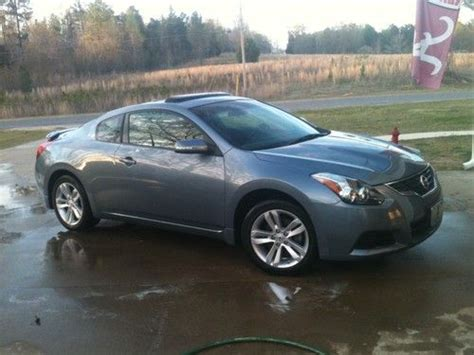 Sell Used 2011 Nissan Altima S Coupe 2 Door 2 5l In