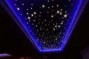 sternenhimmel an der decke sternenhimmel an der decke 7 ideen f 252 r schlafzimmer