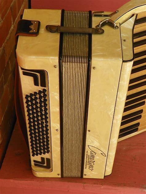 h m camerano vintage scandalli camerano italian accordion 37 80