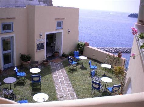 casa sul mare procida particolare foto di hotel la casa sul mare isola di