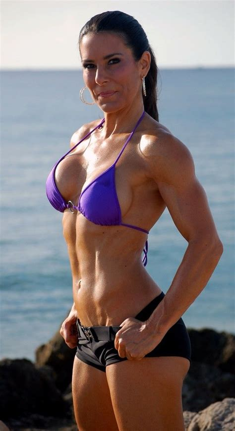 50 year old fitness model 50 year old laura london fitness trainer figure