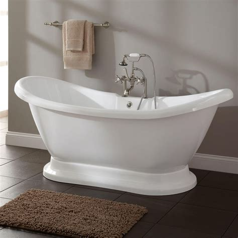 soak bathtub 25 best ideas about soaking tubs on pinterest small