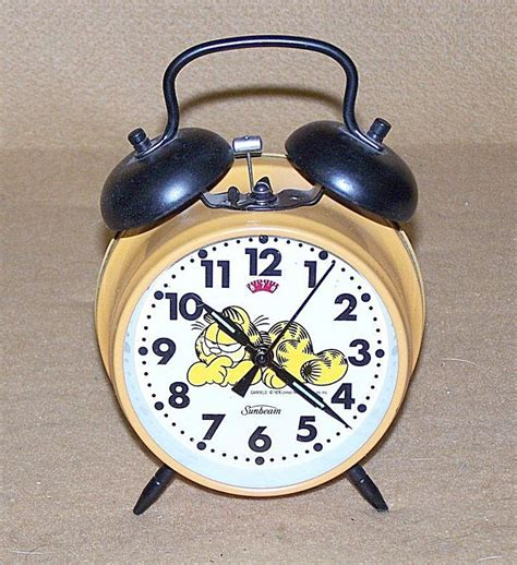 55 best comic clocks watches images on alarm clock alarm clocks and vintage clocks