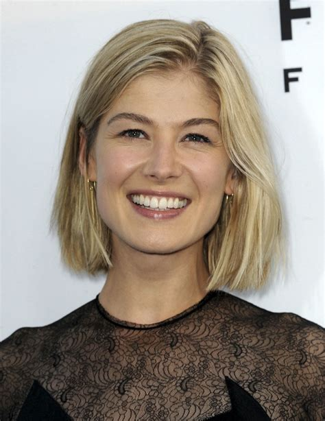 gone actress rosamund pike in talks to star in a