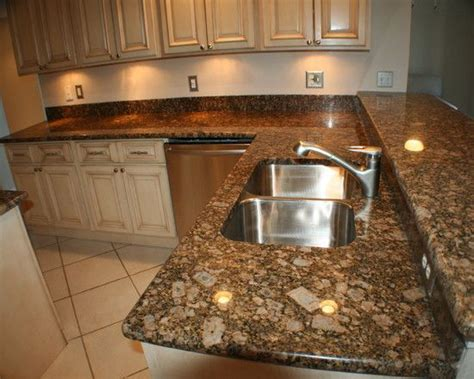 giallo fiorito granite with oak cabinets painted cabinets with giallo fiorito granite work