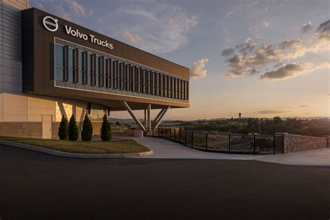 volvo trucks customer center kzf design designing  futures
