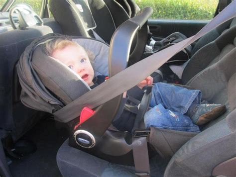 when should car seat be front facing how should you use a rear facing car seat