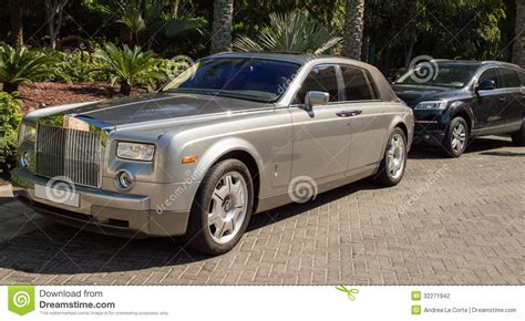 rolls royce outside rolls royce wraith coupe car with spirit of ecstasy emblem