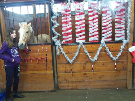 christmas decorating with horses decorating stalls for