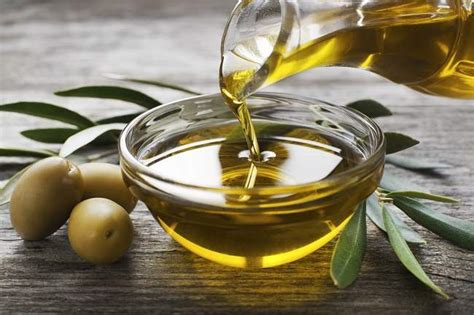 manfaat minyak zaitun  wajah  kulit tubuh alodokter