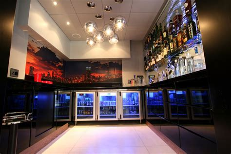 22 amazing modern home bar designs that will astonish you