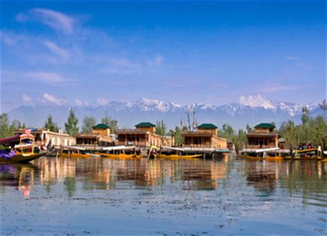 house boat of kashmir kashmir house boat 28 images houseboat booking naaz