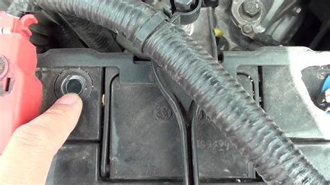 car battery indicator light how to read car battery health indicator