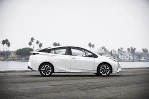 a toyota prius styling size up 2017 toyota prius prime vs 2016 toyota