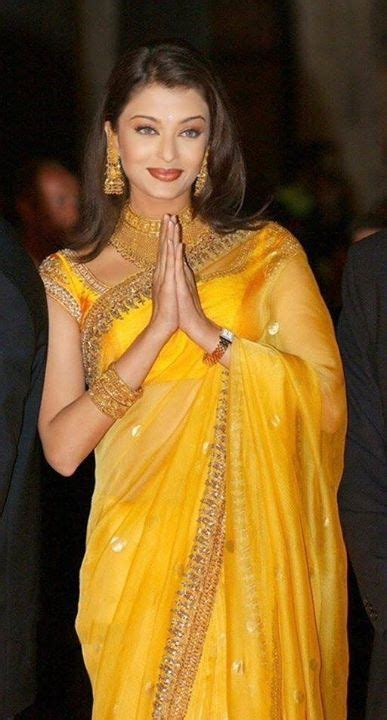 aishwarya rai sari aishwarya rai in yellow saree bollywood pinterest