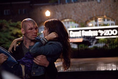 A Beastly beastly trailer starring alex pettyfer and hudgens