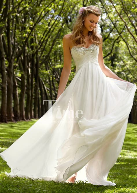 simple backyard wedding dress outdoor wedding dress