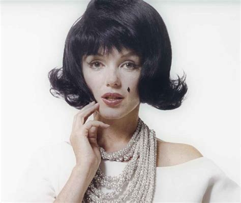 Jackie Kennedy Hairstyles by By The Jackie Kennedy And Was 1950s Hairstyles