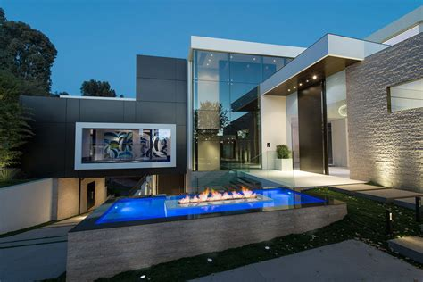 Home Design In Los Angeles by World Class Beverly Hills Contemporary Luxury Home With