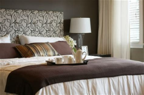 Staging A Master Bedroom For Sale by Feng Shui Home Staging Tips
