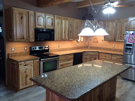 amish kitchen cabinets