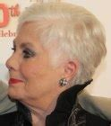 shirley jones haircut 80 years old shirley jones practical pixie hairstyle for