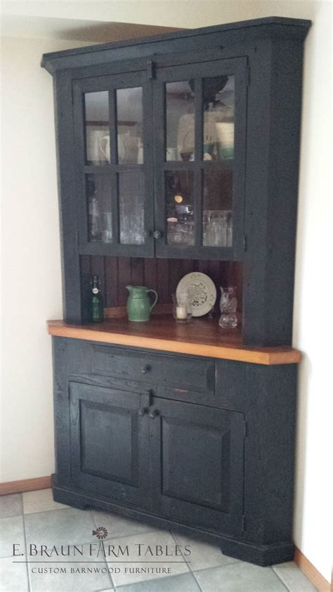 Corner Cabinet Hutch by 25 Best Ideas About Corner Hutch On White