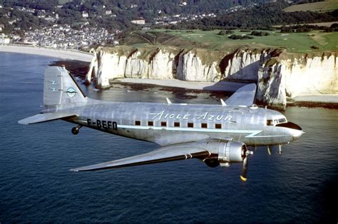 United Airlines American Airlines by Douglas Dc 3 Wikip 233 Dia