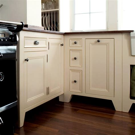 free cabinets kitchen how to select free standing kitchen cabinets my kitchen