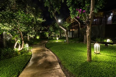 5 landscaping ideas to wow the neighbors 5 ideas for your landscape lighting