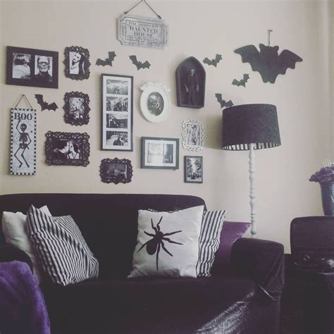 goth room decor 25 best ideas about goth bedroom on pinterest gothic