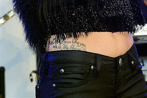 jessie j wrist tattoo j wears high waisted clothes to hide misspelled