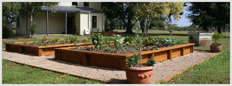 Speciality Features Landscape Designs, Vegetable & Herb