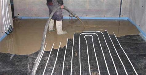 Screed if you want to go faster   BAL Adhesives